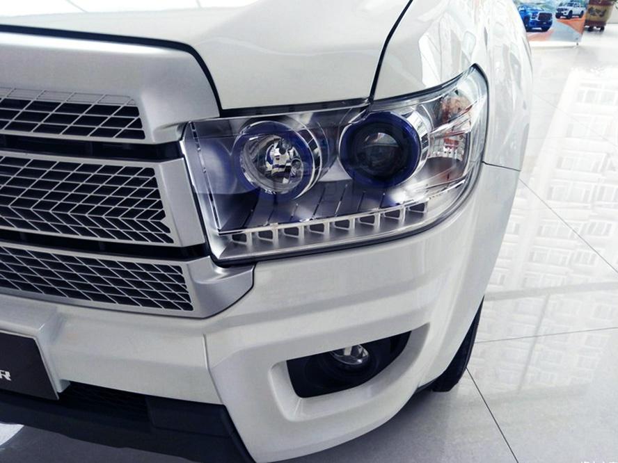 """国产版""""小坦途"""",新款威虎实车到店,柴油+四驱,外观很霸气"""