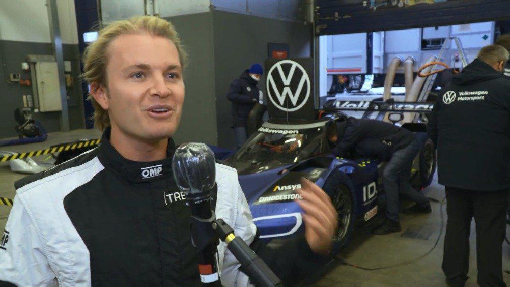 前F1世界冠军罗斯伯格测试大众电动赛车ID.R