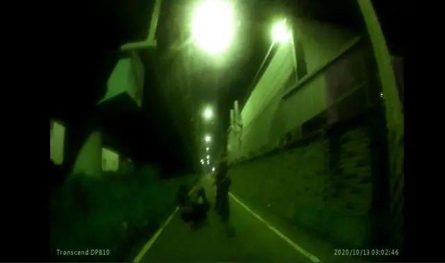 警方逮捕两名嫌犯(图源:台媒)