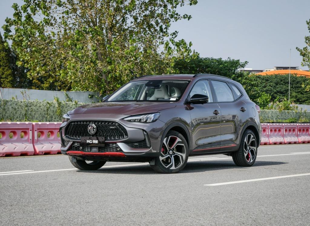 """国产紧凑级SUV中的""""小钢炮"""",7.66秒破百,油耗6.8L,即将开售"""