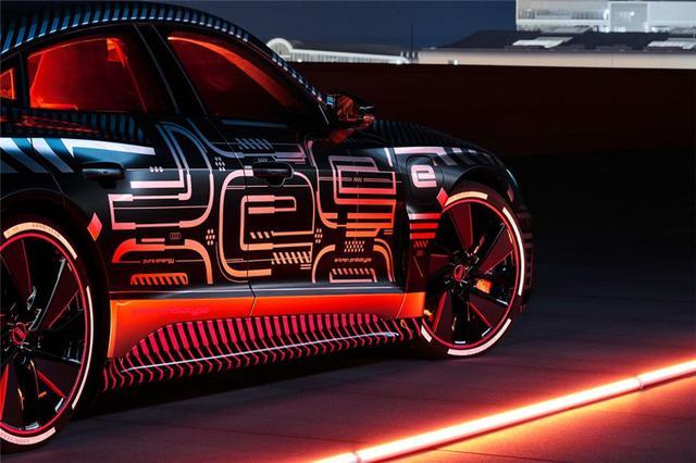 奥迪e-tron GT量产版官图发布,或明年上市,未来感十足