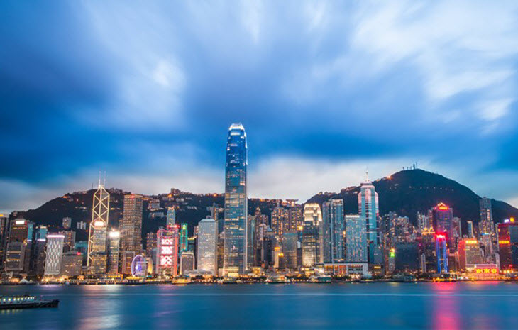 """中国香港与新加坡就""""旅游泡泡""""达成初步协议 入境可免隔离图片"""