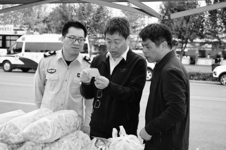 万荣县市场监管局全面开展市场安全检查