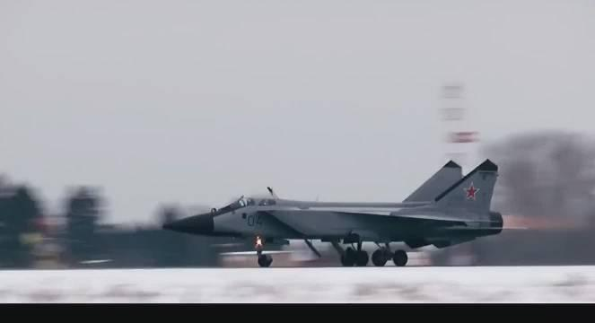 凛冬金属之怒 ,一代经典截击战斗姬米格31风范