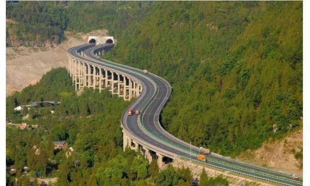 川渝间新增一条高速公路通道