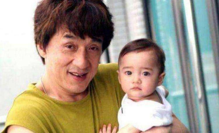 当初《宝贝计划》里的小婴儿,如今已经15岁,长相大到不敢认