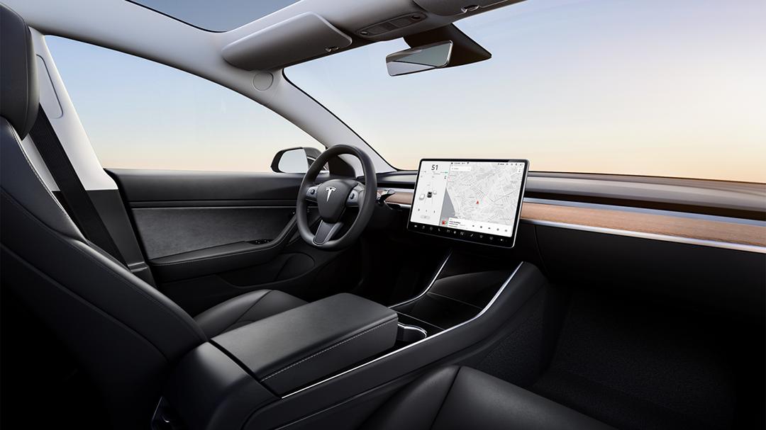 别急着 否则又亏了!新款特斯拉Model 3已在海外上线