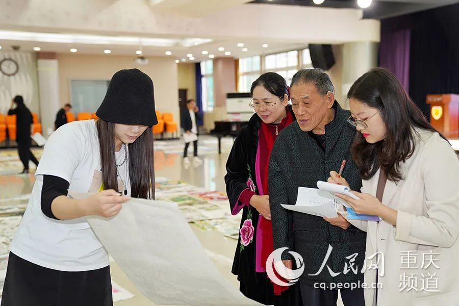 重庆540幅青少年书画作品将赴香港参评图片
