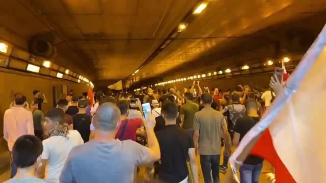 黎巴嫩贝鲁特反政府示威游行,马克龙的黎巴嫩改革方案不灵了