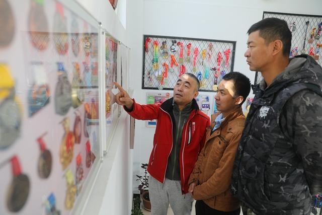 体育达人张辉:150余块奖牌讲述跑遍中国的故事