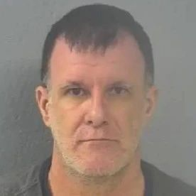 """""""洋垃圾""""!一美国男子对12岁中国女童犯下色情重罪"""