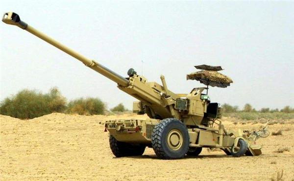 印度武器又伤自己人了!新型火炮炸膛专家受伤,军方依然充满信心