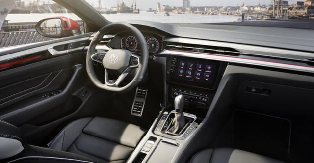新款大众CC上市,搭载1.5T发动机,配置丰富性价比高