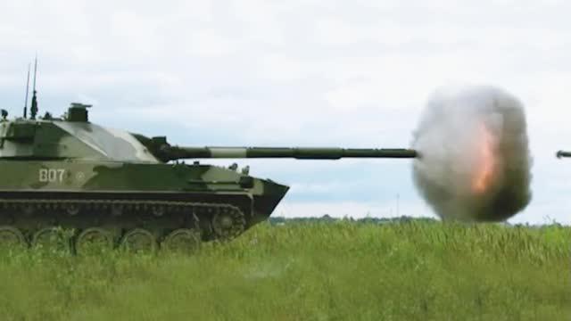 """俄罗斯""""章鱼""""坦克歼击车 真能对付主战坦克?"""
