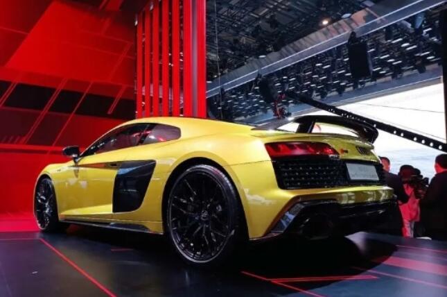 如果说V8是信仰 再看看这些V10/V12大排量车 声浪激荡!