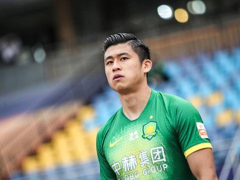 张玉宁成国安逼平鲁能的一大亮点,成功戏耍对手后卫,表现获认可