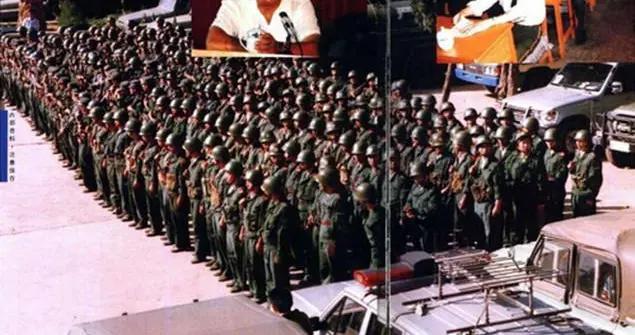史上最大缉毒行动:3000名武警围剿,缴获的武器可装备一个团