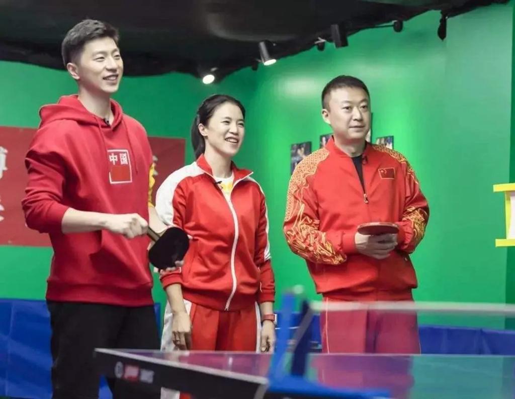 手握24个冠军成邓亚萍接班人!转型成董事长,赛后颁奖被老公调侃