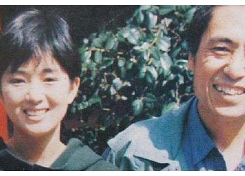 2004年午夜,陈婷在酒店房间抓包章子怡,当场怒扇张艺谋两巴掌
