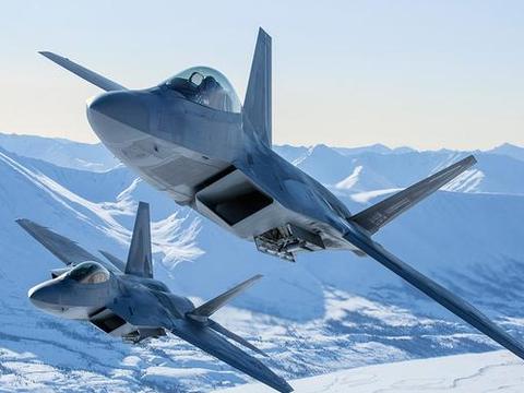 现代战机的生存之道,是注重隐身能力还是机动性?