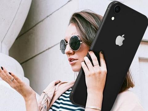12年间iPhone尺寸扩大了近一倍,20年内或超过MacBook