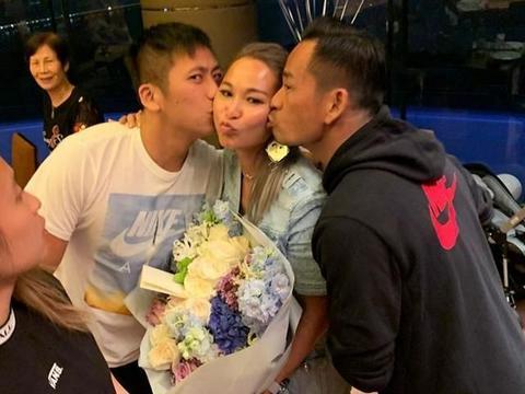 陈慧玲庆生,周柏豪洗米华送热吻,前妻杨素梅也来祝贺