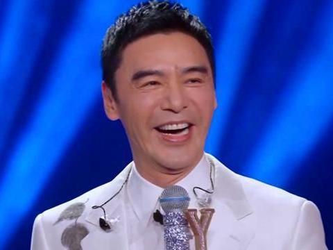 《我们的歌》冯提莫甘当绿叶,成全了钟镇涛,依然躲不过冷嘲热讽