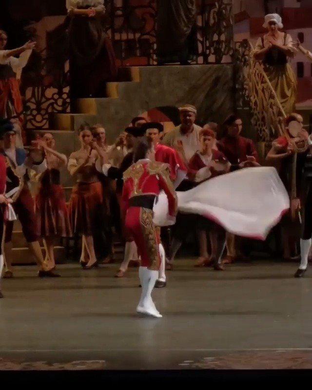 2020年11月18日 莫斯科大剧院 堂吉诃德 一幕片段 斗牛士-Ruslan