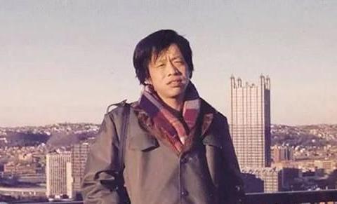 很多人喜欢王小波,大概是因为他敢说实话