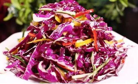 凉拌紫甘蓝多加一步,酸辣脆爽,减肥和健身多吃,美容养颜又营养