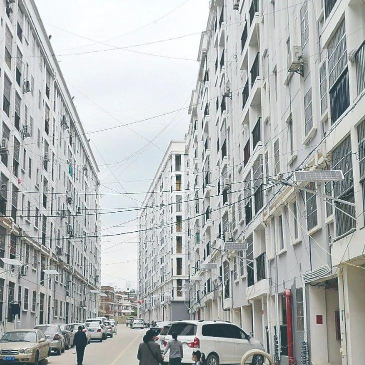 龙珠路廉租房小区将设大门封闭管理,周边居民纷纷反对,怎么回事?