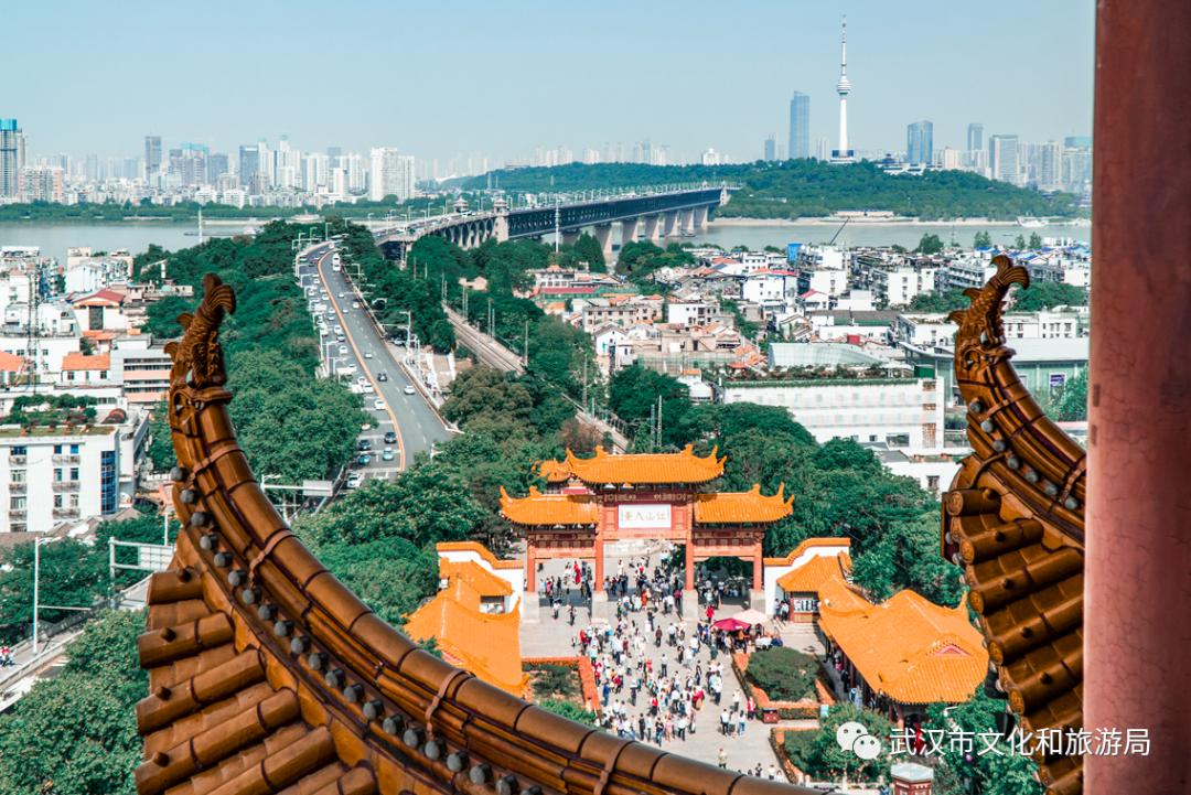 武汉临时调高黄鹤楼公园、武汉欢乐谷等热门景区预约投放量图片