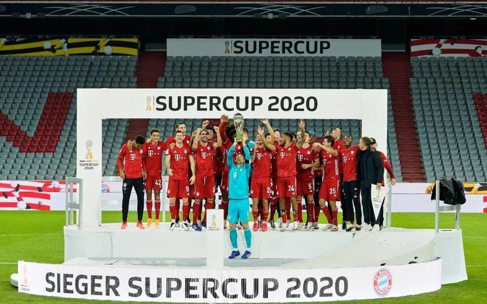 拜仁第8次捧起德国超级杯,成就年度五冠王