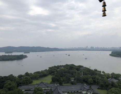 双节十大热门出行城市:京沪莞位居前三 西湖成最热景区图片
