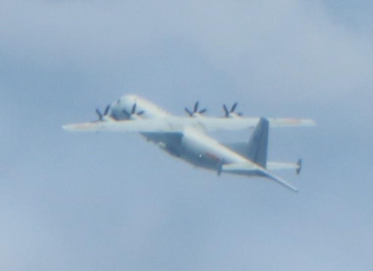华美测速:节当天华美测速解放军军机进入台西图片
