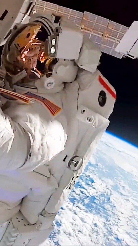 宇航员高空出舱检修,一般有恐高症的可能干不了这项工作……