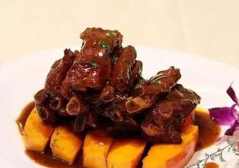 美食优选:香辣豆花鱼、红烧带鱼、红烧排骨、红烧茄子的做法