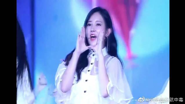 韩国皇冠女团TARA朴昭妍这卖萌也太犯规了吧……