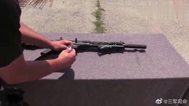 加装蓝色霰弹的MK12霰弹枪,靶场射击测试,威力极强