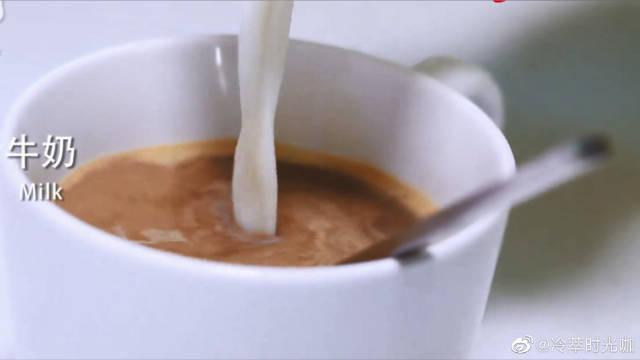 星巴克咖啡师教你一个经典咖啡做法……