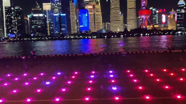➢上海北外滩无人机表演✈️