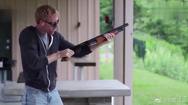 泵动式霰弹枪靶场射击测试,采用12号口径霰弹近战威力极强