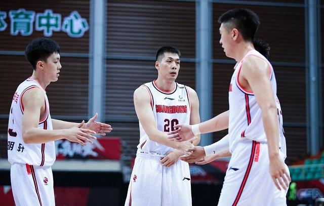 今天!广东25分惨败后对阵深圳男篮,卫冕冠军欲拿同城小弟出气