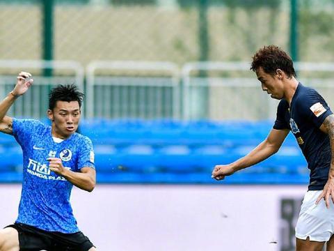 中国足球又一新星陨落,以为能成下一个韦世豪,如今却枯坐板凳