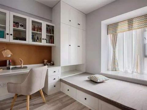 小卧室不要再铺传统大床,头次见这种多功能设计,不得不感叹聪明