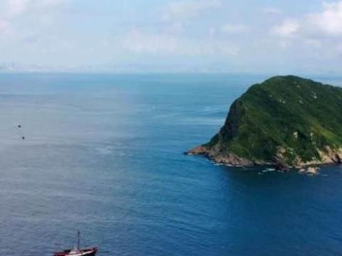 """国内一座""""超美""""的小岛,景色堪比马尔代夫,主要还是消费还很低"""