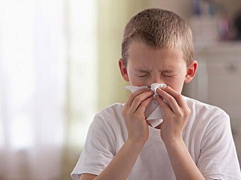 """""""多事之秋""""孩子过敏性咳嗽怎么办?4个方面要注重"""
