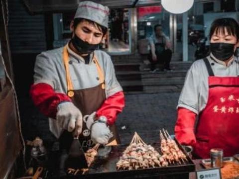 让锦州名震东三省的并不是烧烤,当地人都知道,锦州的魅力在于它