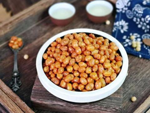 黄豆不一定非做豆浆,能做成主食,又能做成零食,一吃就停不下来