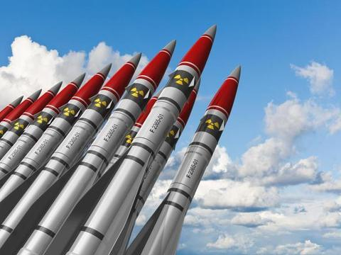 抱着新大腿,乌克兰要重启核武器?被西方国家忽悠多年,彻底怒了